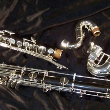 Selmer Paris Priviledge 67 (low C) bass clarinet